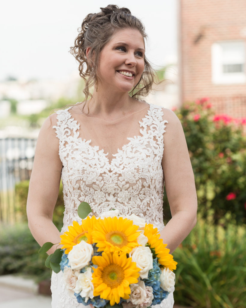 Elegant bride a the Molly Pitcher Inn in Red Bank, NJ photographed by Laura Billingham