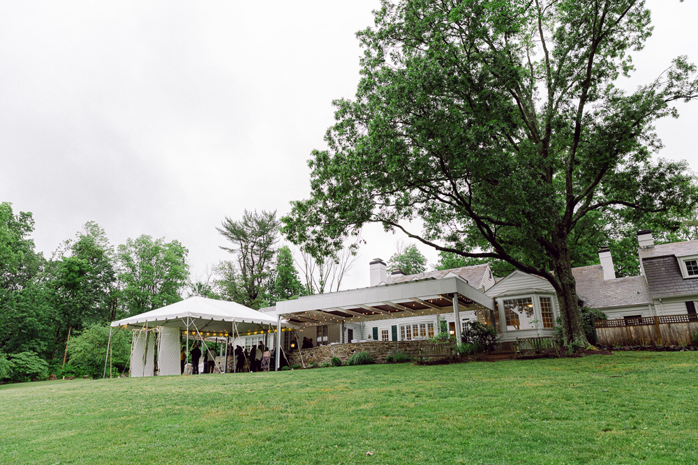 A wedding at Mountain Lakes House in Princeton NJ by Laura Billingham Photography