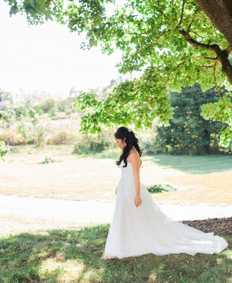 profile of an elegant bride on a farm in NJ by wedding photographer Laura Billingham