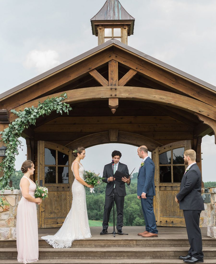 Rustic chic wedding at Wyndridge Farm in York, PA photographed by Laura Billingham